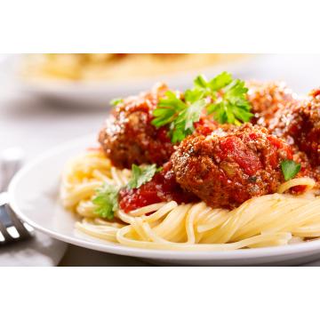 Image Sauce à spaghetti épicée avec boulettes